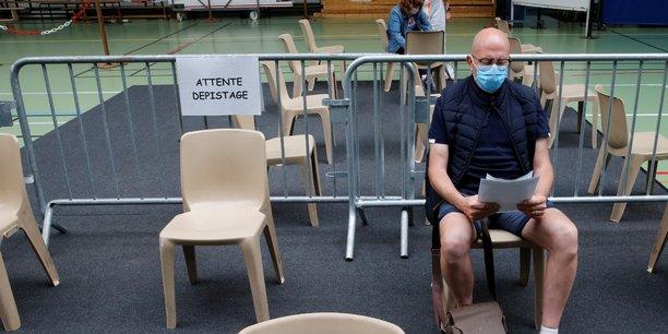 Coronavirus: la france fait etat de 25 nouveaux deces, plus de 30.000 morts au total[reuters.com]