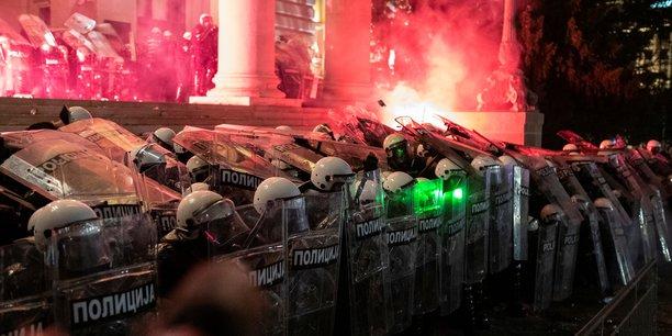 Serbie: nouvelles manifestations anti-gouvernementales a belgrade[reuters.com]