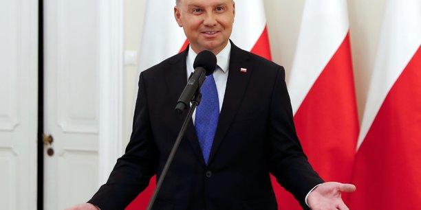 Le president sortant andrzej duda reelu en pologne[reuters.com]