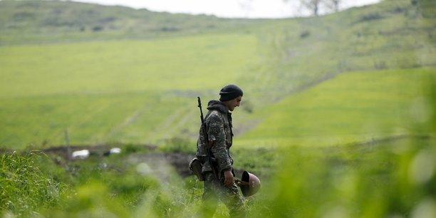 Accrochages a la frontiere armenie-azerbaidjan, des morts et des blesses[reuters.com]