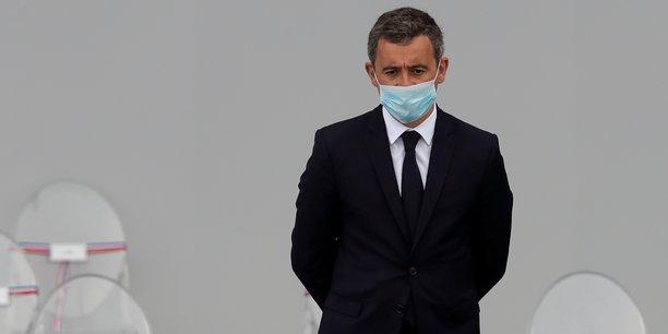 Macron defend darmanin face a la democratie d'opinion[reuters.com]