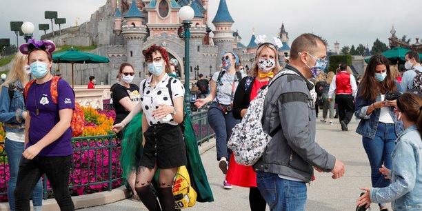 Reouverture de disneyland paris apres quatre mois de fermeture[reuters.com]