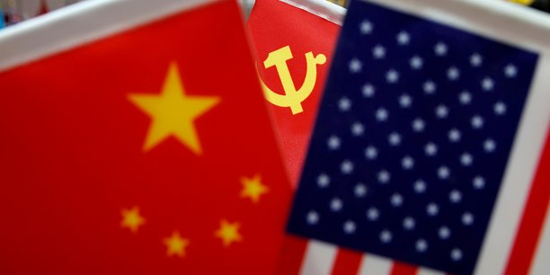 Les usa songent a bannir les membres du pc chinois[reuters.com]