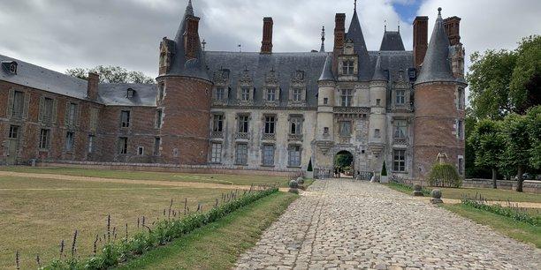 Parallèlement à l'équipement de capteurs, ici au château de Maintenon, Protomotech a développé Kwys, une application de promotion du patrimoine, qu'elle vient de vendre à la ville de Meung sur Loire (45)