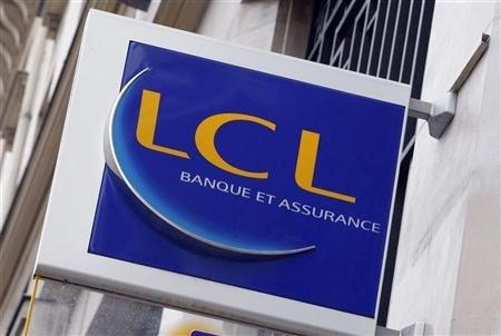 LCL figure dans les trois banques les plus compétitives pour le petit consommateur de services bancaires, selon l'enquête 2013 de l'association CLCV et du magazine Mieux vivre votre argent. Copyright Reuters