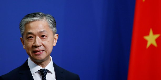 La chine promet une riposte ferme a la gb dans le conflit sur hong kong[reuters.com]