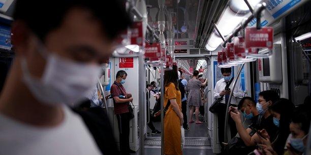 Chine: l'activite des services a progresse a un rythme plus lent, dit caixin[reuters.com]