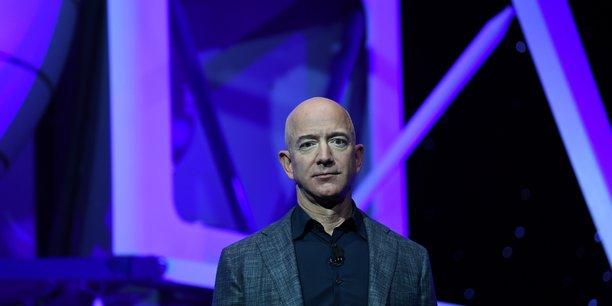 Bezos vend des parts d'amazon pour une valeur de 1,9 milliard de dollars[reuters.com]