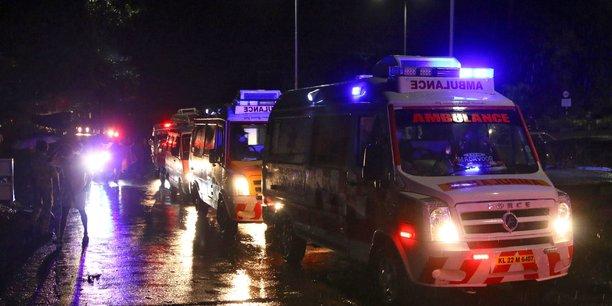 Inde: au moins 15 morts lors de l'atterrissage rate d'un avion d'air india[reuters.com]