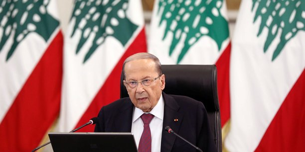 Liban: demissions au gouvernement, la colere de la rue persiste[reuters.com]