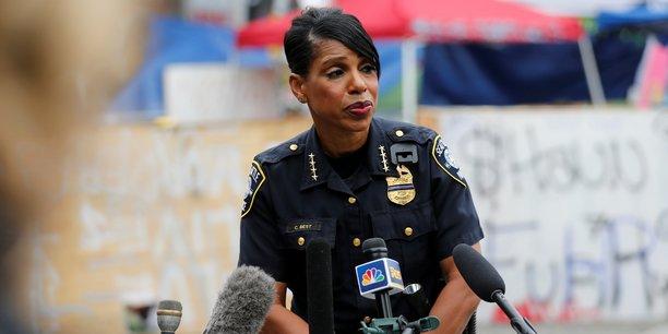 Usa: la cheffe de la police de seattle demissionne apres une baisse du budget[reuters.com]