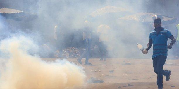 Trois morts en cote d'ivoire lors de manifestations anti-ouattara[reuters.com]