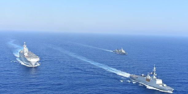L'incident naval a éclaté le 10 juin, quand une frégate de la Marine française, le Courbet, dans le cadre de la mission de surveillance de l'Otan baptisée Sea Guardian, a tenté d'inspecter un cargo naviguant transpondeur coupé et refusant de communiquer son port de destination, soupçonné de transporter des armes vers la Libye.