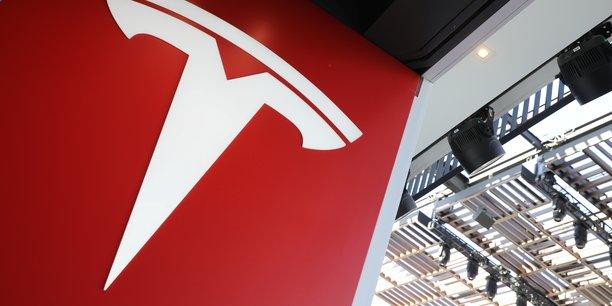 Titan en termes de valorisation, la firme d'Elon Musk n'est toujours pas rentable sur son activité principale de production d'automobiles.