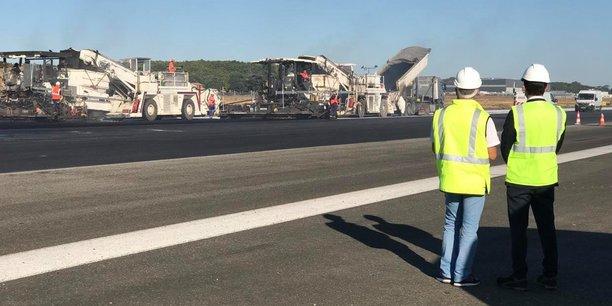 L'aéroport de Toulouse a maintenu la rénovation de l'une de ses pistes d'atterrissage.