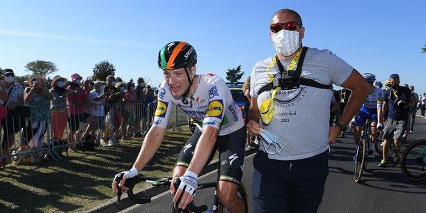 Epidémie de Covid-19 oblige, pas de bain de foule pour l'irlandais Sam Bennett, qui a remporté la 10ème étape de cette édition 2020.