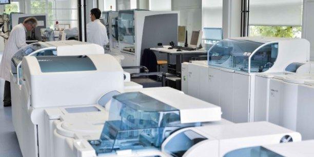 Le groupe lyonnais de biologistes médicaux Dyomedea dispose notamment d'un plateau technique automatisé à la Sauvegarde, dans le 9ème arrondissement de Lyon.