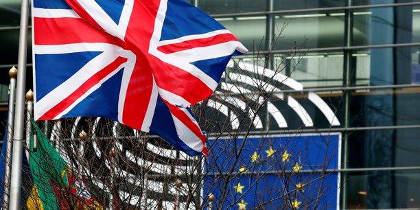 Londres parait bouger dans les negociations avec l'ue sur la peche, selon des sources[reuters.com]