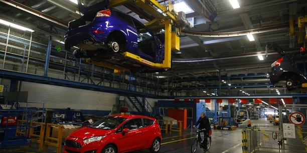 Le marche automobile europeen a poursuivi sa chute en juillet-aout[reuters.com]
