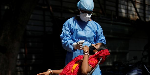 Coronavirus: plus de 92.600 cas supplementaires en inde[reuters.com]