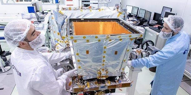 Le Cnes conçoit le télescope Eclairs chargé de capter les sursauts gamma.