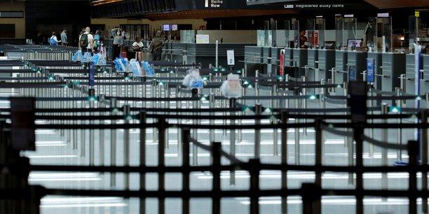 Coronavirus: la suisse impose une quarantaine au royaume-uni et a d'autres pays d'europe[reuters.com]