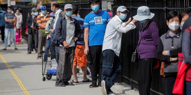Coronavirus/usa: masque obligatoire sous peine d'amende a new york[reuters.com]