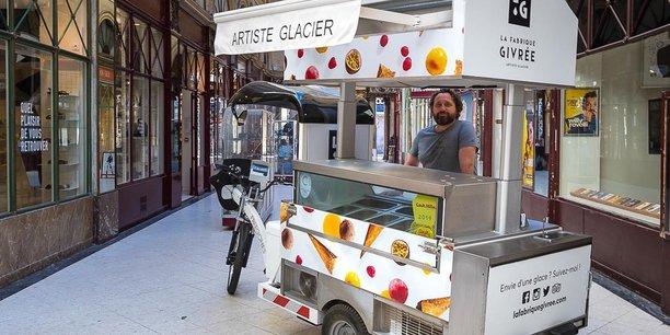 Le triporteur Freegônes se décline en quatre gammes: street food, livraison, espaces verts et propreté. Il est capable «de monter des pentes de plus de 16% avec une charge utile de 350kg tout en disposant de 80km d'autonomie.»
