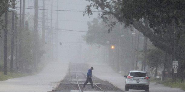 si avec le changement climatique le nombre de catastrophes a bondi, le nombre de décès, lui, a été divisé par trois grâce notamment au perfectionnement des systèmes d'alertes.