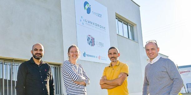 De gauche à droite, les quatre chefs d'entreprise colocataires : Jad Rouhana (Lynxdrone), Alice Lassalle (Nimbl'Bot), Bertrand Laine (3Ditex) et Ludovic Dufau (Nimbl'Bot).