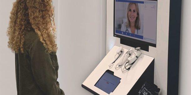 La borne de téléconsultation Tessan, avec ses dispositifs médicaux connectés, veut réduire le nombre de déserts médicaux en utilisant la technologie.