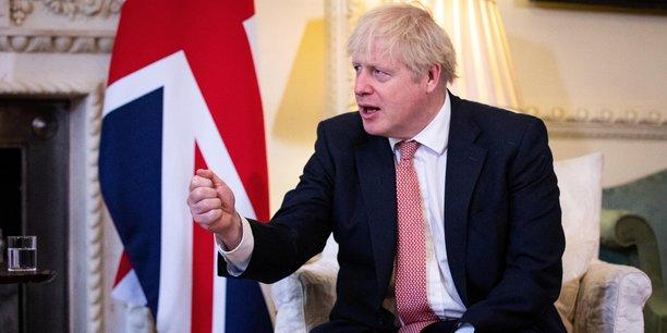 Ils veulent continuer à contrôler notre liberté législative et notre secteur de la pêche d'une manière qui est complètement inacceptable, a accusé vendredi Boris Johnson, relevant qu'il ne reste plus que dix semaines avant la fin de la période de transition suivant la sortie de l'UE, intervenue officiellement le 31 janvier dernier.
