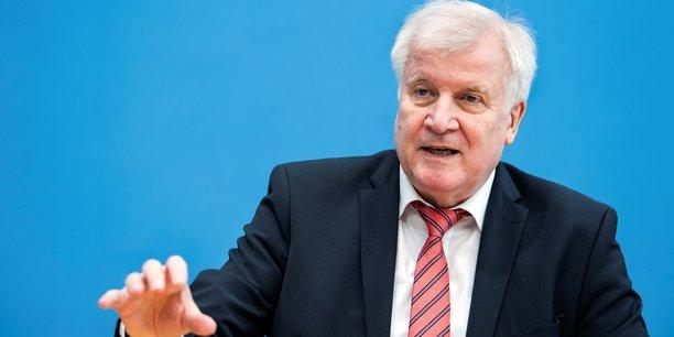Le gouvernement allemand commande une etude sur le racisme institutionnel[reuters.com]