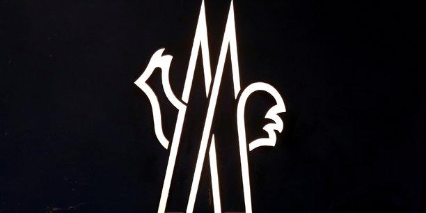 Moncler bat les previsions au 3e trimestre, signes encourageants en vue[reuters.com]