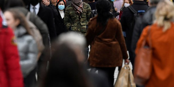 Coronavirus: le bilan quotidien de contaminations en legere baisse au royaume-uni[reuters.com]