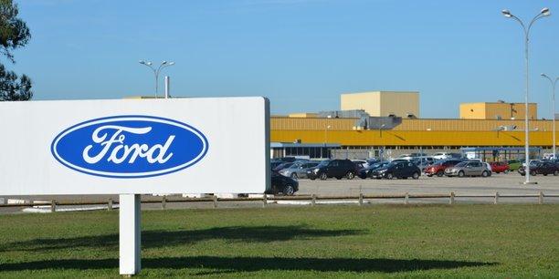 Le terrain des Circuits est contigüe à celui de l'ex-usine Ford Aquitaine Industries, fermée l'an dernier.