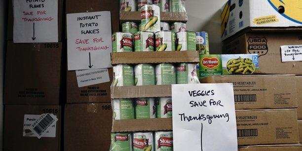 Aux Etats-Unis, l'aide alimentaire occupe une place fondamentale: elle représente 75% du budget consacré tous les cinq ans à l'agriculture.