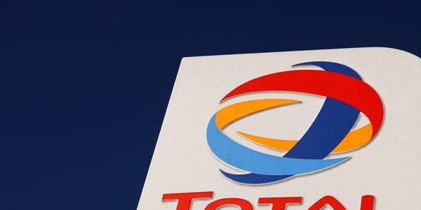 Total: net ajuste en baisse de 72% au troisieme trimestre, dividende maintenu[reuters.com]