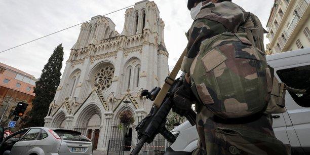 Un homme en garde a vue dans le cadre de l'attaque de nice, precise bfmtv[reuters.com]