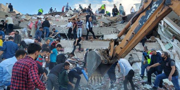 Puissant seisme en mer egee, quatre morts en turquie[reuters.com]