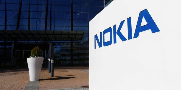 Sur la période de juillet à septembre, Nokia a vu son chiffre d'affaires reculer de 7%, à 5,29 milliards d'euros.