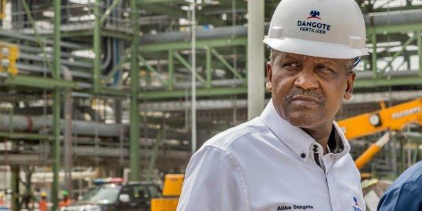 Aliko Dangote, PDG du groupe éponyme dont les activités englobent plusieurs secteurs en Afrique : pétrochimie, BTP, agroalimentaire, agriculture, transport et logistique,...