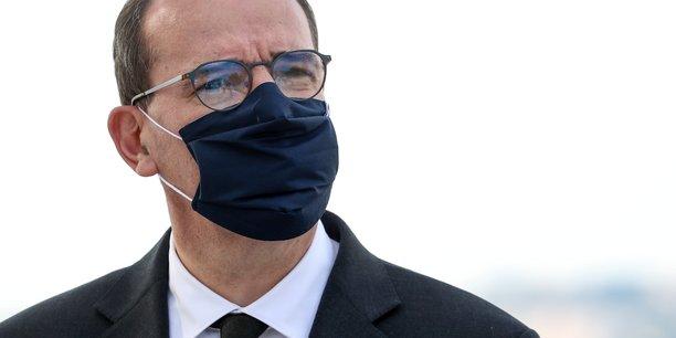 Le premier ministre Jean Castex déplore la baisse du nombre de primo-vaccinations en France.
