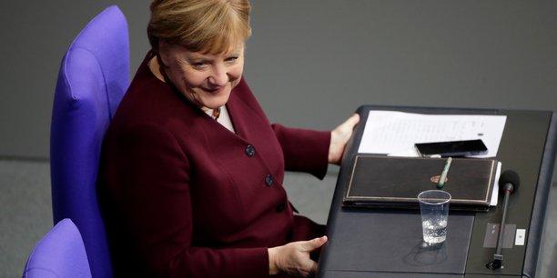 L'allemagne prevoit d'emprunter plus de 180 milliards d'euros en 2021, selon des sources[reuters.com]