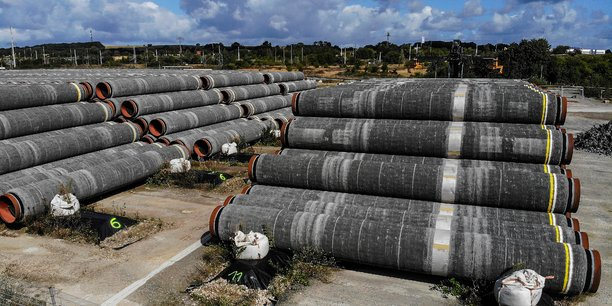 Reprise de la construction du gazoduc nord stream 2 en mer baltique[reuters.com]