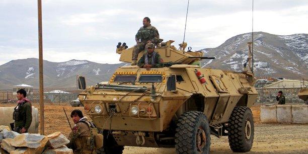 Afghanistan: au moins 30 agents de securite tues dans un attentat[reuters.com]