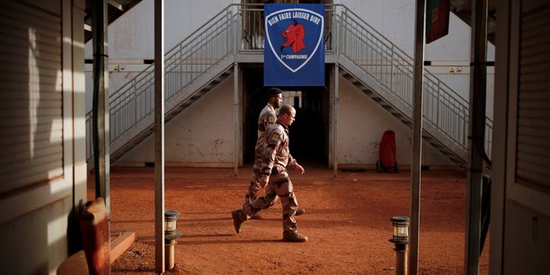 Trois bases de l'armee francaise attaquees dans le nord du mali[reuters.com]