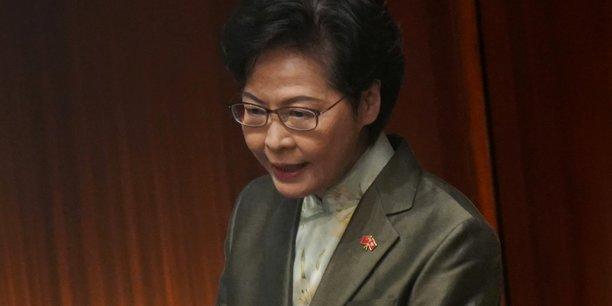 Coronavirus: hong kong appelle a limiter les deplacements[reuters.com]