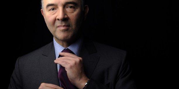 Pierre Moscovici s'est appuyé sur quelques chiffres selon lesquels les prélèvements obligatoires représentaient 42% de la richesse nationale en 2009, 45% en 2012 et 46,1 en 2014.