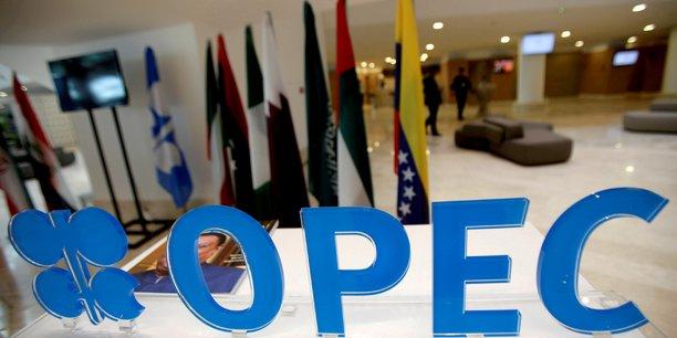 Petrole: l'opep veut croire a un accord malgre le report des discussions[reuters.com]